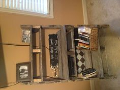 Pallet shelf for underneath the tv to hold DVD players, computers, and hide cords! In LOVE with mine!! Pallet Ideas, Pallet Projects, Shabby Chic Girl Room, Dvd Players, Old Fan, Pallet Shelves, Sewing Rooms, Ladder Bookcase, Pallet Furniture
