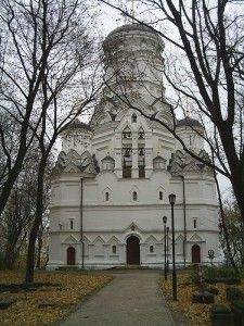 Храм Усекновения главы Иоанна Предтечи в Дьякове, Москва (XVI в.)