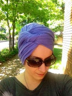 Rachel's Tichel Tutorials as seen on Wrapunzel Doek Styles, Turban Tutorial, Head Wrap Tutorial, Turbans, Headscarves, Hair Wrap Scarf, Natural Hair Styles, Short Hair Styles, Head Scarf Tying