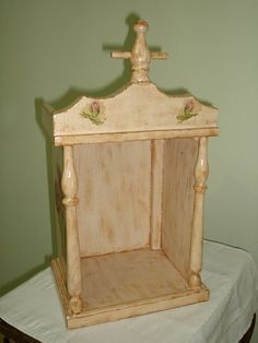 Prayer Box, Meditation Space, Catholic Art, Wood Creations, Assemblage Art, Wood Crafts, Wood Projects, Woodworking, Outdoor