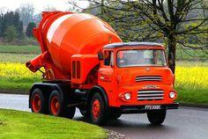 Albion Classic Tractor, Classic Trucks, Cool Trucks, Big Trucks, Ready Mixed Concrete, Homemade Tractor, Mixer Truck, Old Lorries, Train Truck