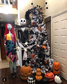 "Halloween Timber The Nightmare earlier than Christmas? Extra like ""A Dream for Halloween! Halloween Christmas Tree, Nightmare Before Christmas Ornaments, White Christmas Trees, Black Christmas, Christmas Tree Themes, Christmas Design, Rustic Christmas, Fall Halloween, Halloween Crafts"