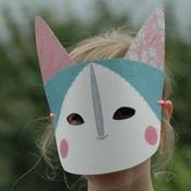 Make a kitty mask, from kickcan & conkers Crafts To Make, Crafts For Kids, Diy Crafts, Children Crafts, Conkers, Cat Mask, Unique Toys, Art Textile, Animal Masks