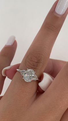 Dream Engagement Rings, Three Stone Engagement Rings, Engagement Ring Cuts, Engagement Rings White Gold, Unique Solitaire Engagement Ring, Different Engagement Rings, Expensive Engagement Rings, Most Popular Engagement Rings, Most Beautiful Engagement Rings