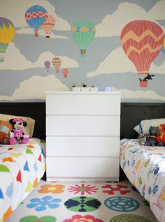 bright shared girl/boy bedroom #genderneutral #sharedroom Living With Kids: Katy Regnier