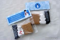 If you're looking for a simple and sweet treat for a holiday party, check out these Snowman S'mores Treats. As far as Christmas treat bag ideas go, this project is the best. Christmas Treat Bags, Christmas Goodies, All Things Christmas, Holiday Fun, Holiday Gifts, Christmas Holidays, Christmas Gifts, Winter Holiday, Christmas Projects