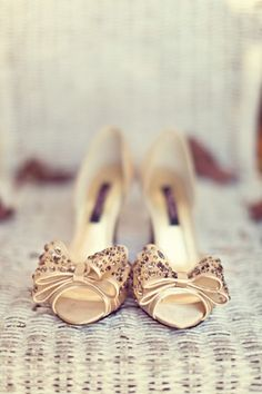 Oh my goodness, @Amanda Snelson Krystal, I just found your wedding shoes.