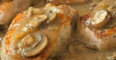 Côtelettes de porc dans une sauce aux champignons