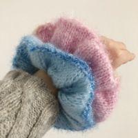 Hair Ties, Scrunchies, Diy Fashion, Knit Crochet, Winter Hats, Velvet, Knitting, Creative, Clothes