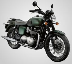 Triumph has released a new tribute to the legend of cool-- actor and speed fiend Steve McQueen. The new Triumph Steve McQueen Edition Motorcycle is Triumph Bonneville T100, Triumph Bobber, Triumph Bikes, Kawasaki Motor, Kawasaki Ninja, Steve Mcqueen Triumph, Steve Mcqueen Motorcycle, Dyna Low Rider, Royal Enfield