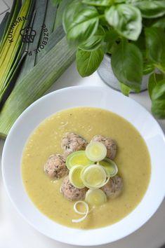 Kremowa zupa porowa z mięsem mielonym Cheeseburger Chowder, Meal Prep, Prepping, Tasty, Meals, Vegetables, Food, Meal, Essen