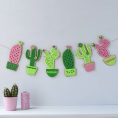 Are you interested in our felt cactus nursery garland? With our cactus bunting for nursery you need look no further.