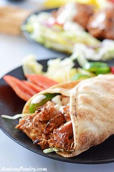 Chicken Shawarma is one of the most authentic flavorful Middle Eastern recipes. Enjoy the original flavors of shawarma with an incredibly homemade spice mix. Healthy Chicken Recipes, Cooking Recipes, Shawarma Seasoning, Quick Chicken Curry, Shawarma Recipe, White Sauce Recipes, Full Fat Yogurt, Egyptian Food, Homemade Spices