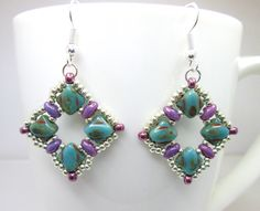 Purple and green silky bead beadwoven earrings, green turquoise jewelry, diamond shaped, beadwork jewellery, ER010