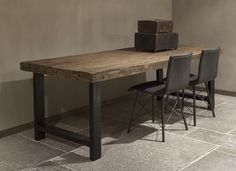 Eettafel rustiek oud hout
