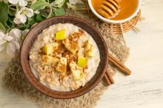 This naturally sweet, simple Tahini & Apple Oatmeal is a vegan treat that will keep you going morning, noon, and night. Oats Recipes, Diet Recipes, Cooking Recipes, Healthy Recipes, Breakfast Dishes, Breakfast Time, Breakfast Recipes, Joy Bauer Recipes, Clean Eating Recipes