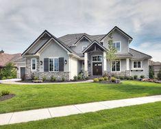 Del Mar Model Summerwood Estates #Del #design de casa americana #Estates #Mar #Model #Summerwood in 2020 House designs exterior House exterior Dream house exterior