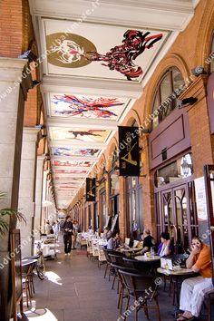 Fresques Moretti, arcades de la place du Capitole, Toulouse, Haute Garonne