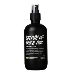 Breath of Fresh Air is suitable for all skin types, but is particularly beneficial for faces that have been ravaged by the elements. A gentle spray refreshes you when you need it most and brings all the nutrients of the sea directly to your skin. Fresh seawater gently cleanses, while carrageen (seaweed) extract softens and provides essential vitamins and minerals. And all the while, rose absolute and aloe vera are soothing dry areas.