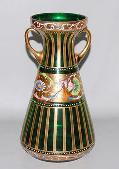 Antique Bohemian Moser Harrach Green Gilt Enamel Glass Vase w Flowers Cut Glass, Glass Art, Colored Glass Vases, Vintage Vases, Old Art, Antique Glass, Glass Collection, Flower Vases, Czech Glass