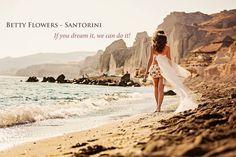 Wedding Flowers in Santorini !  Floral decoration for social events !  Betty Flowers Santorini . Join us : https://www.facebook.com/BettyFlowersSantorini  ( contact email : bettyflowerssantorini@hotmail.com )