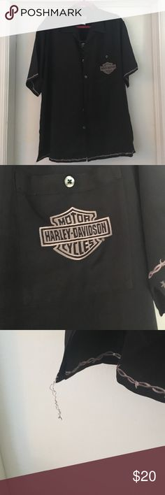 "Harley-Davidson Button Up Beautiful embroidery detailed. ""Chrome Sweet Chrome"" it is a large, but the dry cleaner but a sticker on the tag that will not come off. Has no affect on outer appearance Harley-Davidson Shirts Casual Button Down Shirts"