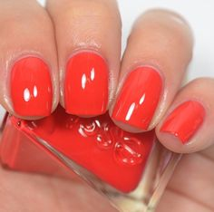 Essie - Rock The Runway (Gel Couture Fashion Show Collection)