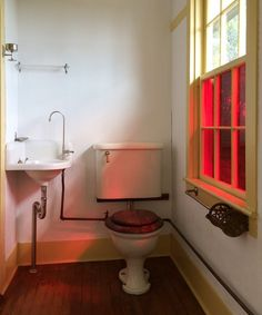 rafe-churchill-shaker-bathroom-Remodelista