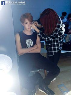 he looks like an angel tho