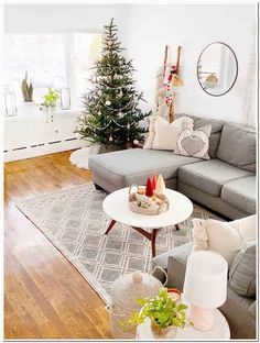 Living Room İdeas – What is a living room called in England Classic Living Room, Room Decor, Decor, Living Room Decor, Living Room Decor Neutral, Living Room Seating, Living Design, Table Decorations, Room
