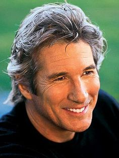 Richard Gere.....ohhhh so handsome!