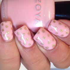 Pretty Painted Fingers & Toes Nail Polish  Serafini Amelia  Nail Art-Soft Pink-Poka Dots♥