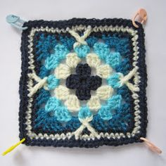 knit & crochet design: Persian Tiles