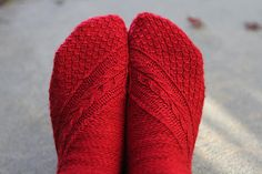 Ravelry: Smaug Socks pattern by Claire Ellen/ Eidos yarn