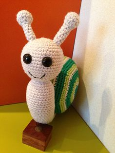 """Greeny the Spiral Tricolor Snail 30cm Free Amigurumi Pattern PDF Version ( click """"download"""" or """"free Ravelry Download"""")  http://www.ravelry.com/patterns/library/greeny-the-spiral-tricolor-snail"""