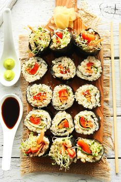 10-ingredient sushi with sticky brown rice and vegetables! Crunchy, hearty, healthy and delicious. Methods provided for with and without a sushi mat!