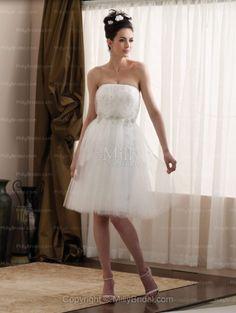 White A-line Strapless Knee Length Tulle Wedding Dress
