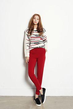 Line Knit Color Top