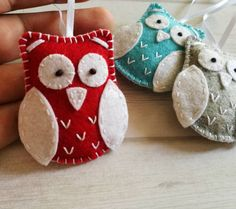 Christmas owl ornaments by DusiCrafts. Available in my Etsy shop (link in bio )  .  #DusiCrafts #dusi #christmasdecorations #christmastree #christmas #christmasornament #owlornament #owls #Christmasowl #madeinslovenia #madeinslovenia  #handmade #etsyseller #etsymagazine