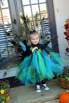 Iu0027m thinking this could possibly be rev&ed for a big kid like me. Peacock Halloween CostumeHaunted ...  sc 1 st  Pinterest & These are the peacock costumes I made for my kids last year for ...