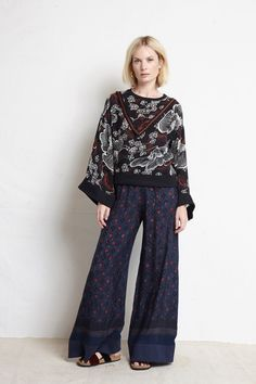 Warm Pre-Fall 2018 Fashion Show Collection