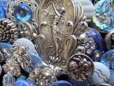 vintage buttons...silver tones..these are so pretty!