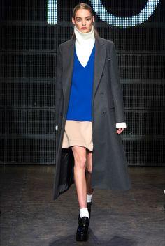 Sfilata DKNY New York - Collezioni Autunno Inverno 2015-16 - Vogue