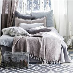 Henry & Future Linen Throw ($155) ❤ liked on Polyvore featuring home, bed & bath, bedding, blankets, dark grey blanket, gray blanket, fringe throw blanket, linen blanket and grey blanket