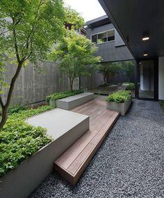 Urban Garden Design courtyard / Casa FFF by Pallaoro Balzan e Associati Small Courtyard Gardens, Modern Courtyard, Courtyard Design, Small Courtyards, Outdoor Gardens, Modern Gardens, Courtyard Ideas, Indoor Courtyard, Garden Modern