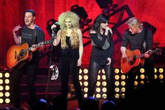 Concert review: Little Big Town performs in Birmingham with abundant harmony. (Full story and photo gallery at AL.com)