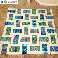 Love this with a little pizazz, especially with the beautiful Violette collection! ・・・ Making decisions about layout for this for my mom. Pattern is the coin quilt with a little pizzazz from a tutorial! Jelly Roll Quilt Patterns, Scrap Quilt Patterns, Scrappy Quilts, Easy Quilts, Quilting Projects, Quilting Designs, Lattice Quilt, Modern Quilt Blocks, String Quilts