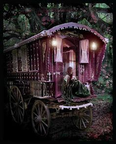 gypsy caravan. i might also put this in my backyard.