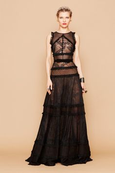 Tulle and Lace Dress by Georges Hobeika Couture Mode, Style Couture, Couture Fashion, Georges Hobeika, Glamour, Couture Dresses, Fashion Dresses, Emo Fashion, Winter Dresses