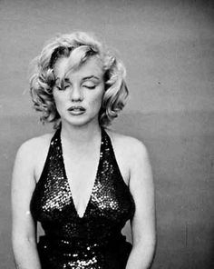 Marilyn Monroe - One of my favorite pictures of her :-)